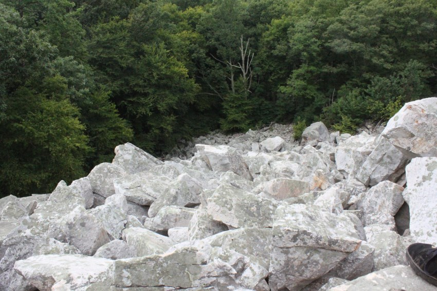 making-today-devils-marbleyard-looking-down-9921